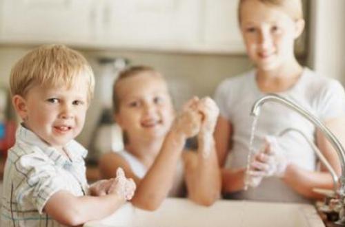 如何改正宝宝不爱洗手的毛病