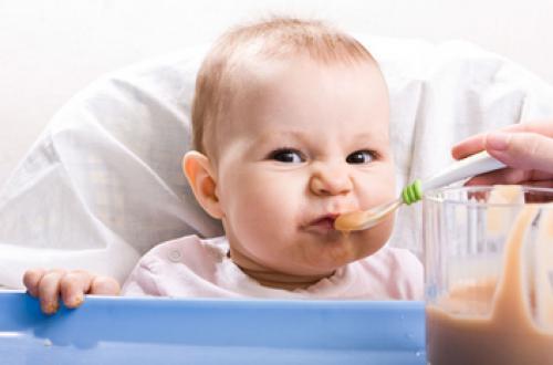 2-6个月宝宝发烧怎么办?