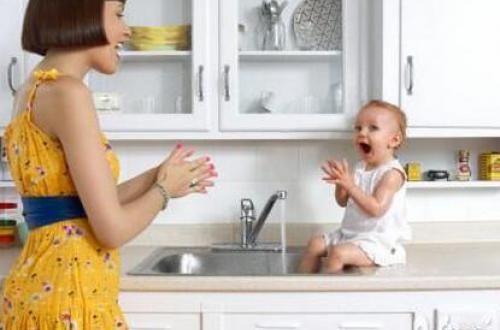 宝宝成长录之宝宝学习说话是非常有意思的事情